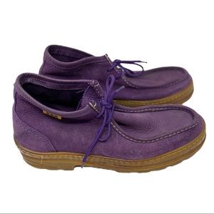 GBX purple suede lace up chukka boots